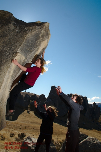 Chloe on Twin aretes at Castle Hill getting her feet ready for the deadpoint.